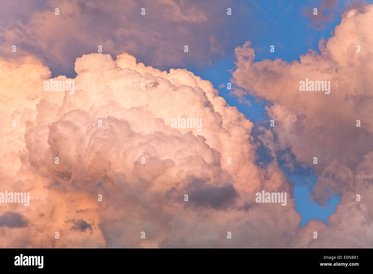 Wolken am Himmel - Clouds in the sky - Stock Image