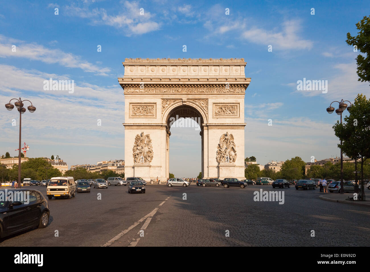 Arc de Triomphe an der Champs-Elysees, Paris, Frankreich - Arc de Triomphe at Champs-Elysees, France, Paris Stock Photo