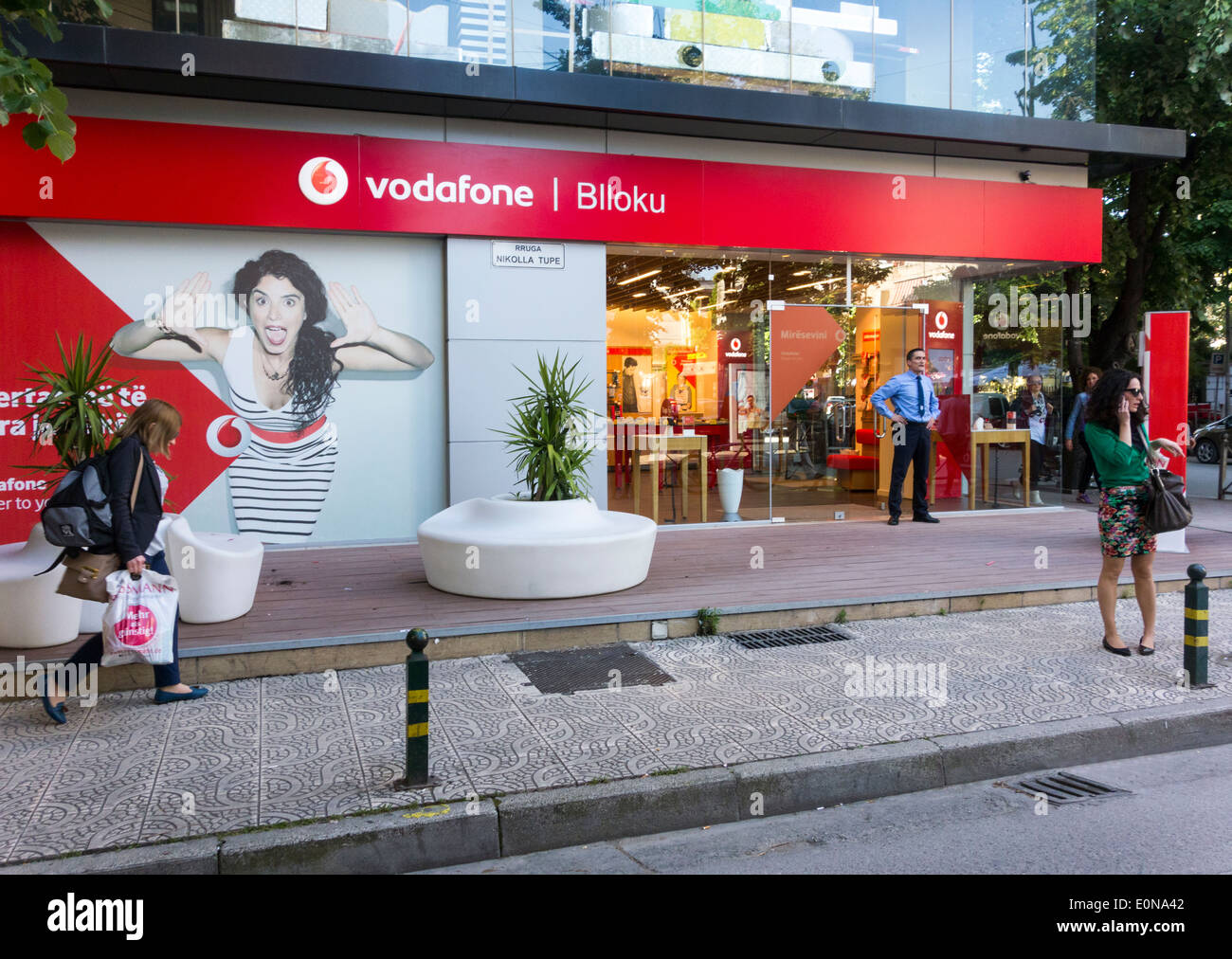 Vodafone outlet, Blloku district, Tirana, Albania - Stock Image