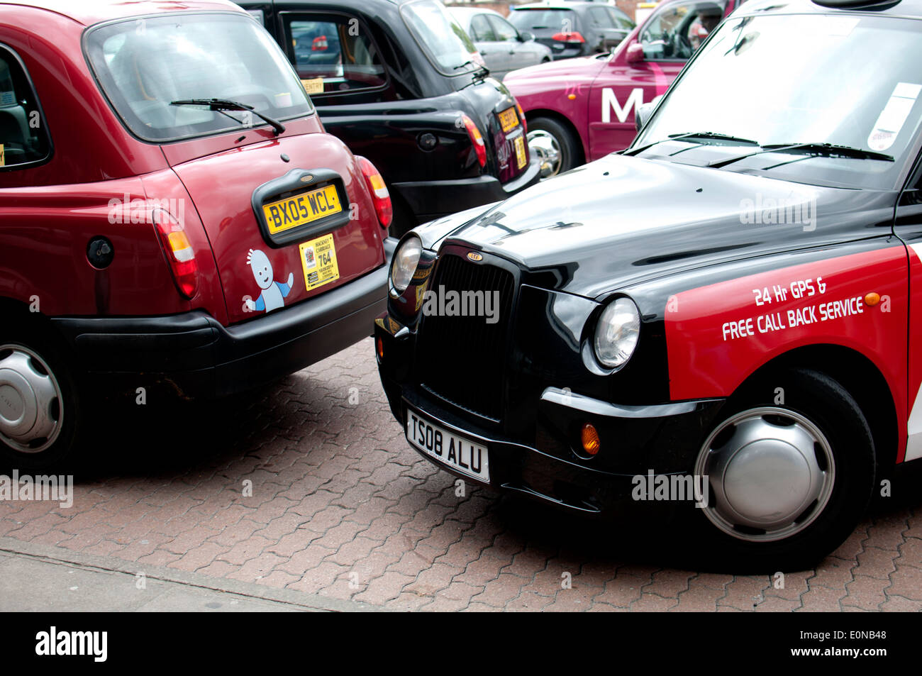 Taxis outside Coventry railway station, UK - Stock Image
