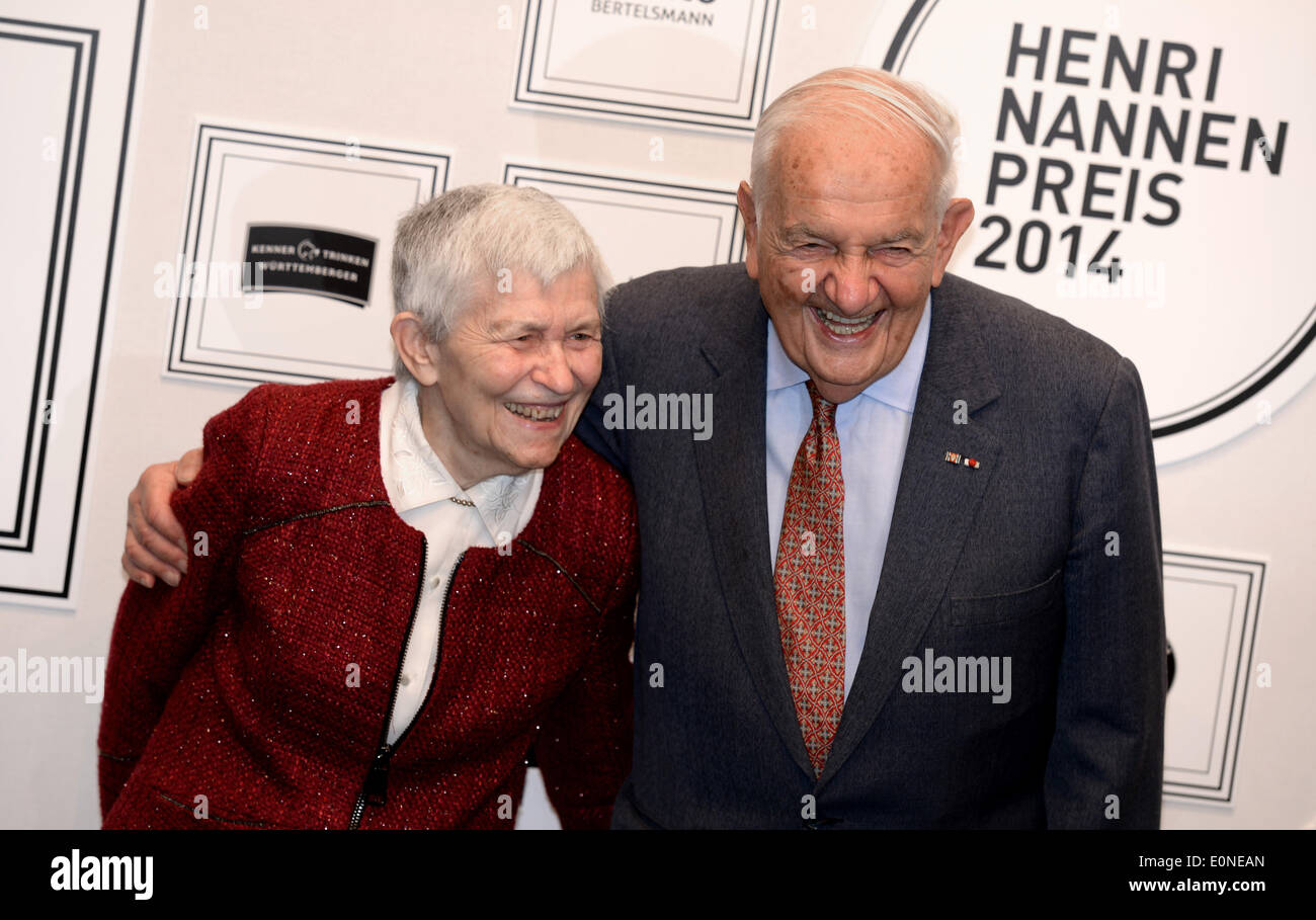 Publicist Alfred Grosser and hiw wife arrive to the Henri Nannen Prize ceremony in Hamburg, Germany, 16 May 2014. The Henri Nannen Prize awards for quality journalism will be awarded for the tenth time in this edition. Photo: Daniel Reinhardt/dpa - Stock Image