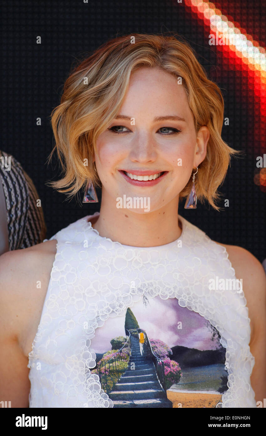 JENNIFER LAWRENCE THE HUNGER GAMES: MOCKINGJAY PHOTOCALL. 67TH CANNES FILM FESTIVAL CANNES  FRANCE 17 May 2014 - Stock Image
