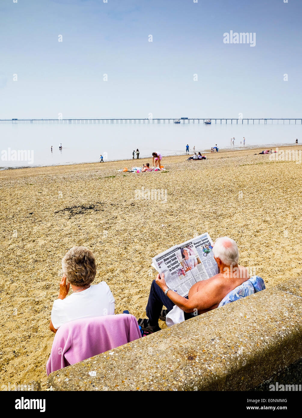Southend on Sea, Essex, UK. 17th May, 2014.  People settle down in the morning on the Jubilee Beach at Southend on Sea as the temperature starts to build into what will prove to be the hottest day of the year so far.  Photographer: Gordon Scammell/Alamy Live News - Stock Image