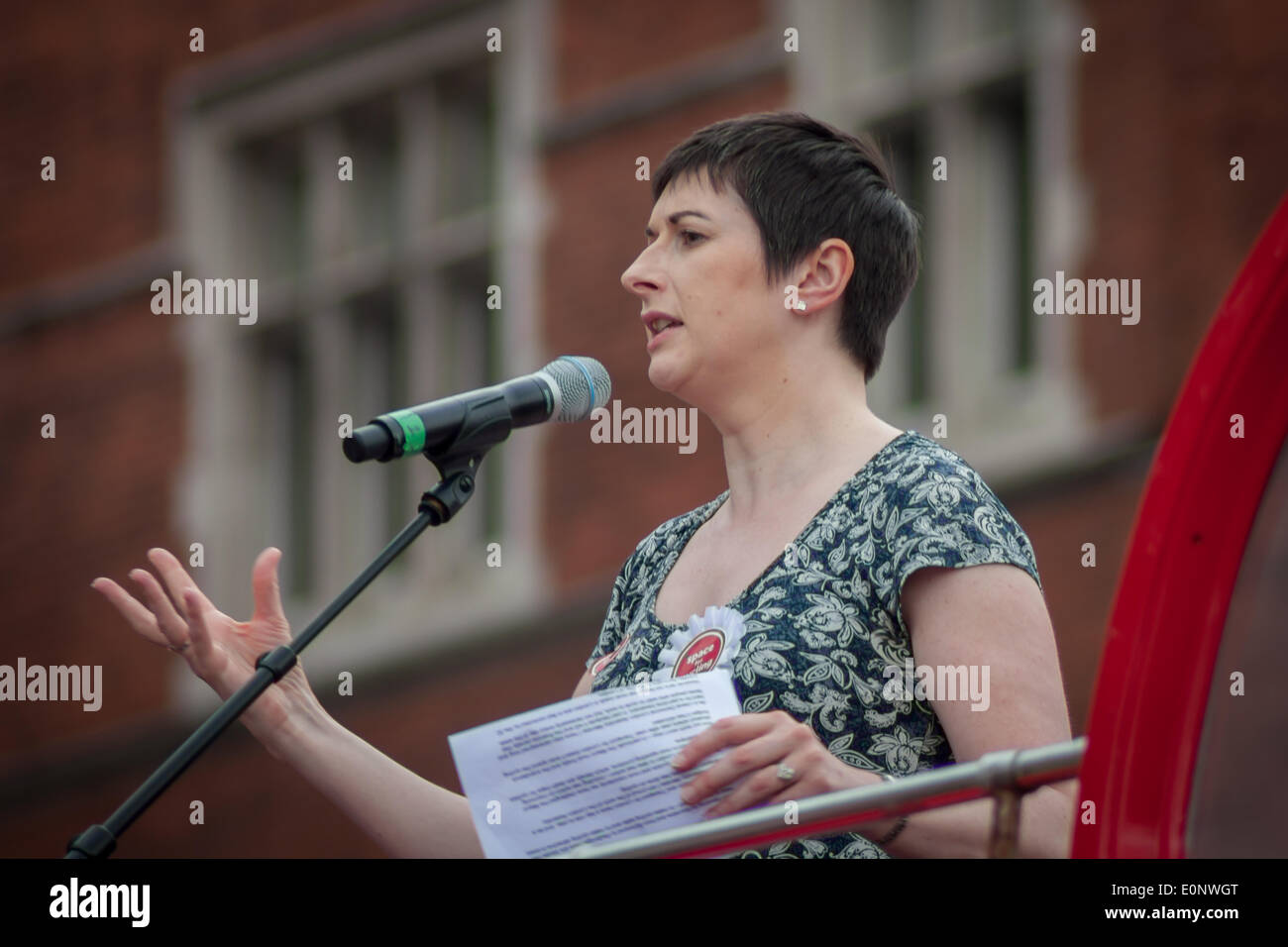 London, UK. 17th May, 2014. Caroline Pidgeon AM, Leader of the Liberal Democrat London Assembly Group, Deputy Chair of the London Assembly's Transport Committee and Deputy Chair of the Police and Crime Committee, speaking at the London Cycling Campaign's Space 4 Cycling Big Ride Credit:  Zefrog/Alamy Live News - Stock Image