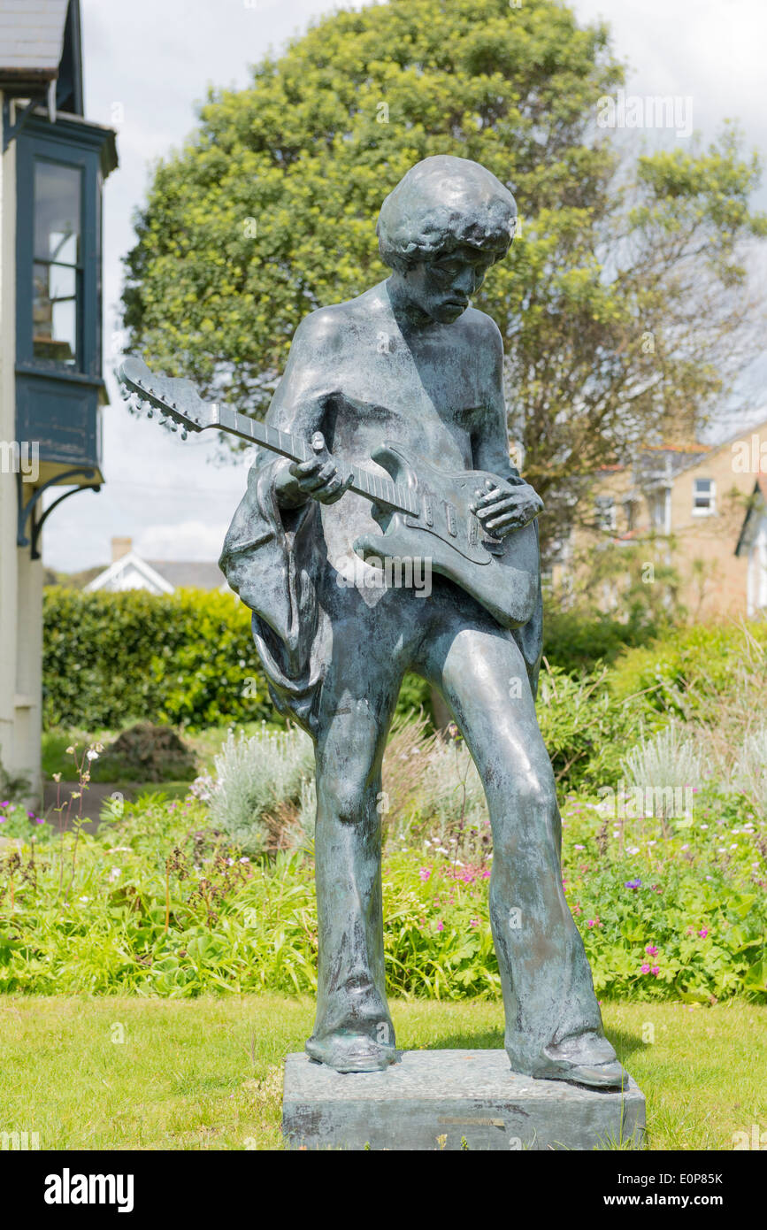 Jimi Hendrix statue situated at dimbola lodge on the isle of wight close by to where he played at the 1970 isle Stock Photo
