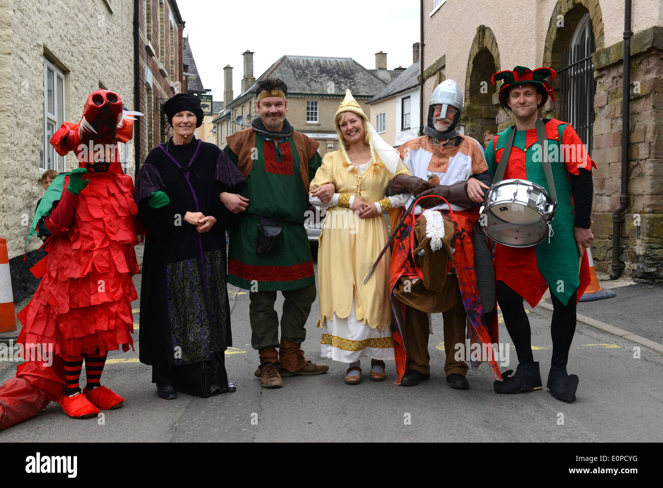 Mummers Play performing The Green Man Festival at Clun in Shropshire Jean Smith, Sue Blackman, Ben Christie, Tracey Hayward, Ton - Stock Image