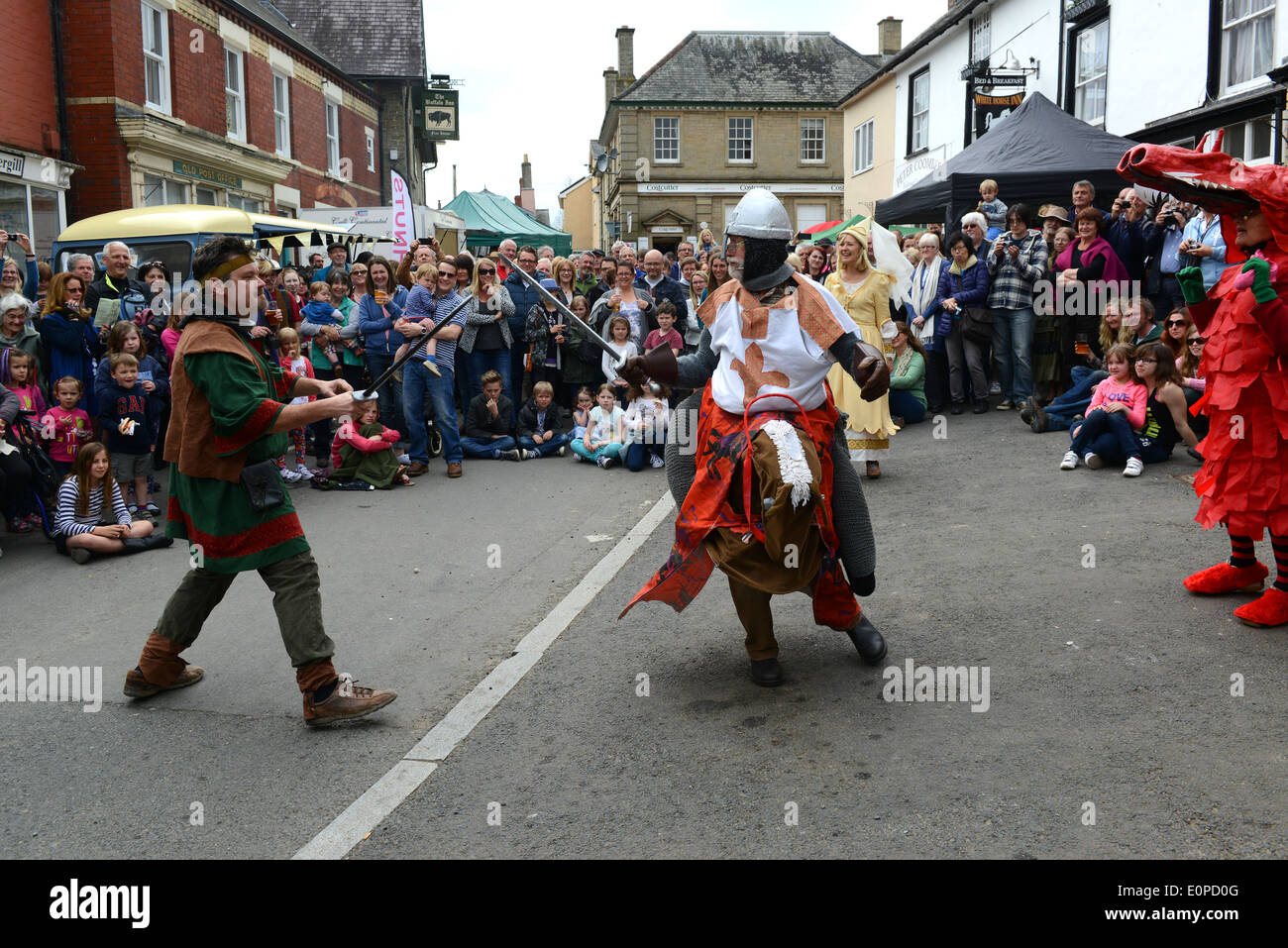 Mummers Play performing The Green Man Festival at Clun in Shropshire - Stock Image