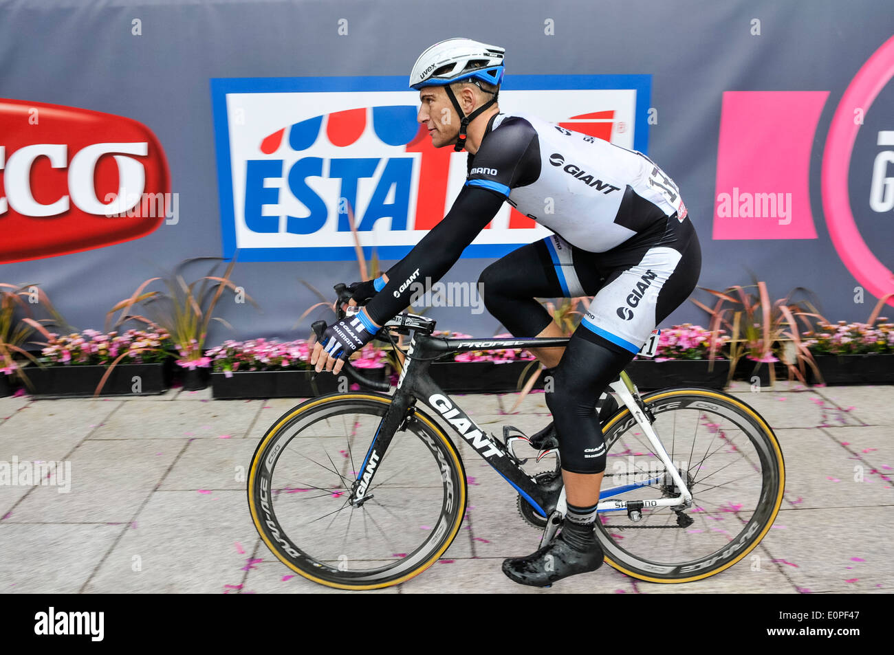 Belfast, Northern Ireland. 10 May 2014 - Marcel Kittel (Germany, Team Giant Shimano) riding his bike - Stock Image