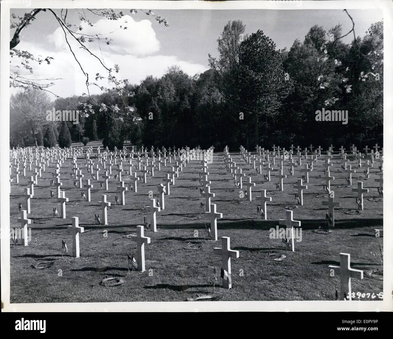May 05, 1957 - America Honors Its War Dead: View of World War I American cemetery at Belleau Wood, near Chateau Thierry, France. - Stock Image