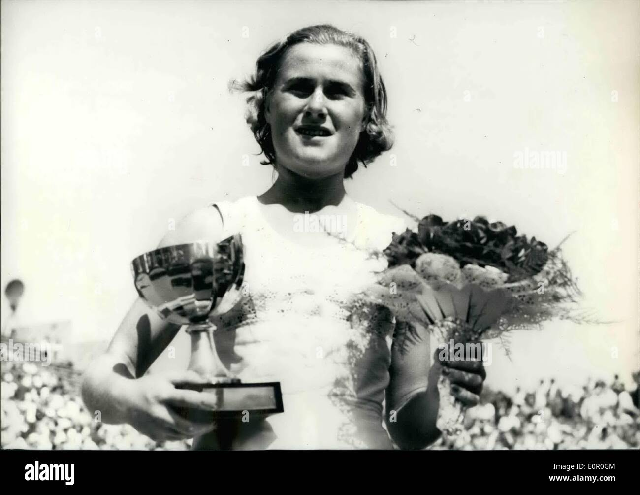 Jun. 06, 1957 - Tennis:Shirley Bloomer Wins French International Championship: Shirley Bloomer (holding the cup) and her opponent, the American player Dorthy Knode at Roland Garros today. - Stock Image