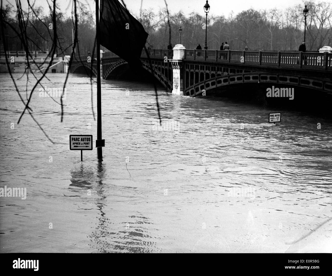 NATURAL DISASTERS: 1958 Seine River Floods in Paris - Stock Image