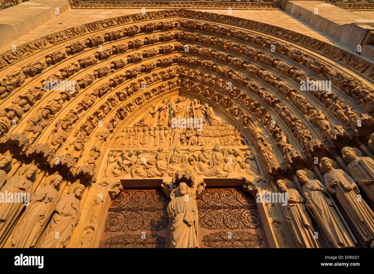 Detail view of a western facade door, Notre Dame Cathedral, Ile de la Cite, 4th Arrondissment, Paris, France Stock Photo