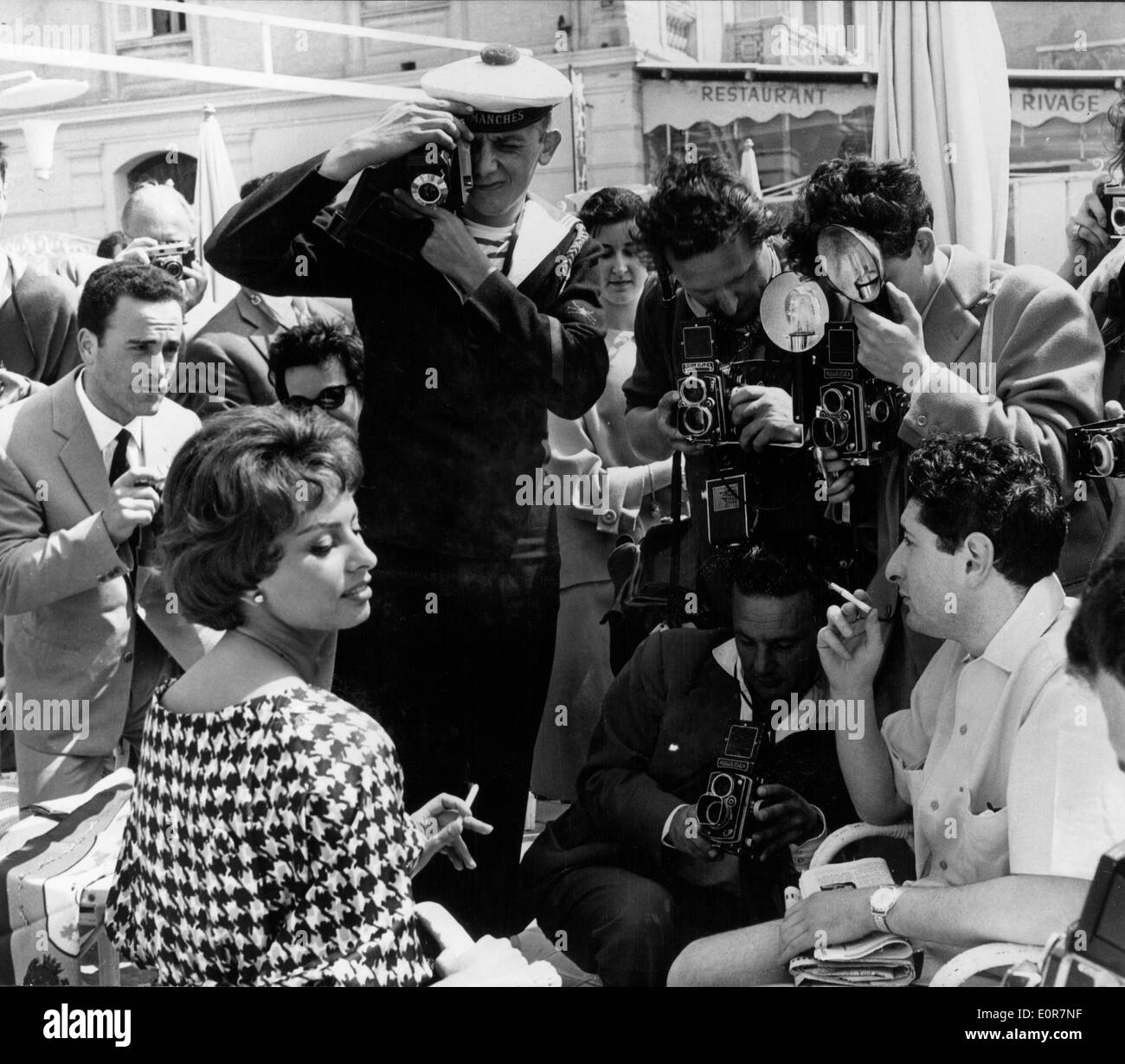 Actress Sophia Loren getting photographed at Cannes - Stock Image