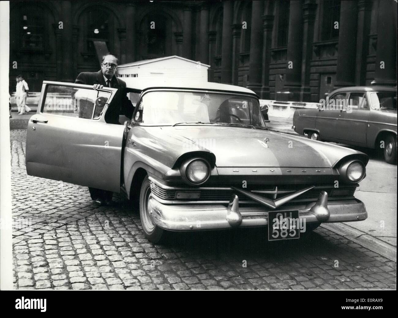 Nov. 11, 1958 - Victor Banner visits the Foreign office with his 120 M.P.H. car.: Victor Banner the 40 year old missile engineer this morning paid a visit to the Foreign Office. His job in Canada had ended so he drove his wife and their family down to New York intending to board a liner for Britain. While on a sightseeing trip to Washington he lost his wallet containing £600. He went to the British Embassy and they paid £288 for the family to travel to Britain. Mr. Banner said nothing about his sleek 120 H.P - Stock Image