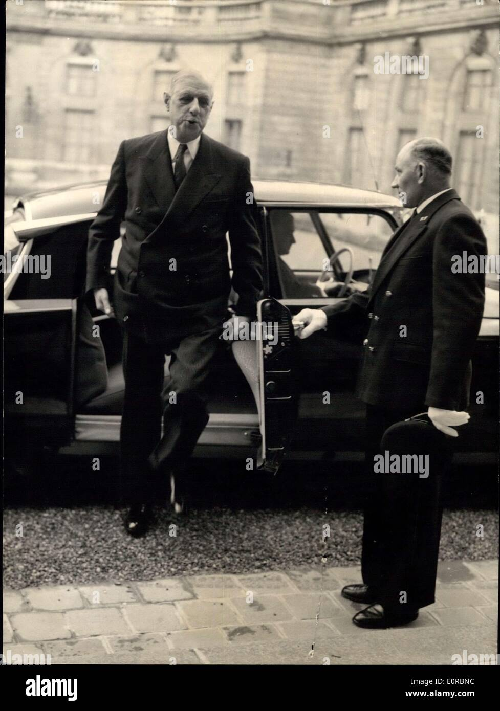 Dec. 22, 1958 - Counsel of the ministers at the Elysee; Photo Shows General de Gaulle arriving for the counsel. - Stock Image