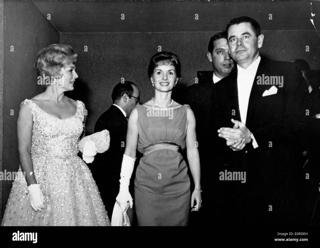 Actress Debbie Reynolds leave the 'It Started With a Kiss' Premiere - Stock Image