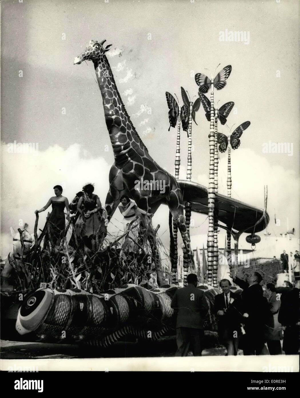 Feb. 09, 1959 - The lesson carnival. The 'Giraffe' Tableau: photo shows One of the colorful tableaux in the shape of a giraffe- - Stock Image