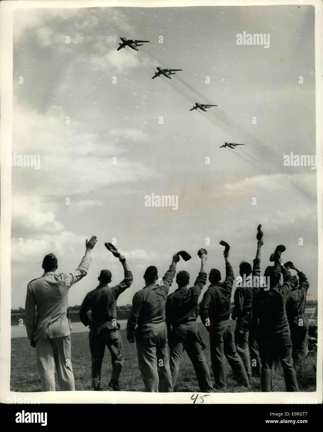 Aug. 15, 1959 - Switch Starts ''Invasion'' of US Air Force Squadrons to England. First moves have begun today in the reshaping of the United States Air Force tactical squadrons in Europe, following General de Gaulle's refusal to allow the Americans to store nuclear weapons in France. Squadron of tactical fighter bombers are being switched from airfields in France to Germany, while aircraft with longer range are being moved back to Britain - Stock Image