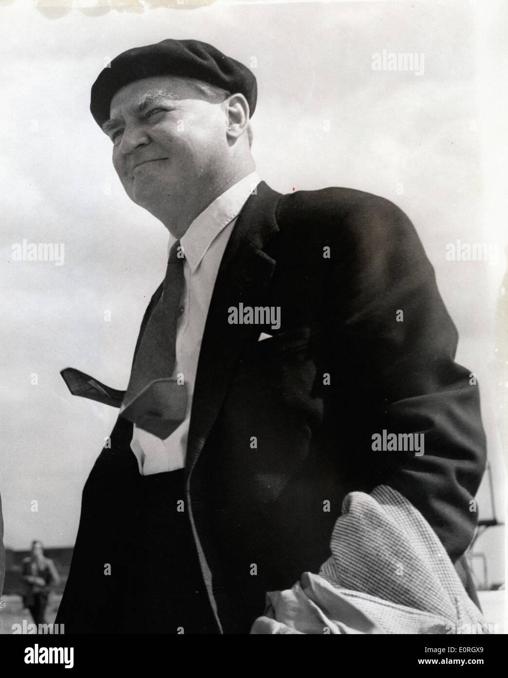 Deputy Leader Aneurin Bevan at airport - Stock Image