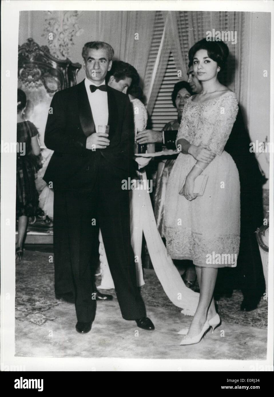 Nov 11 1959 Shah Of Persia To Wed On Dec 21 The Shah
