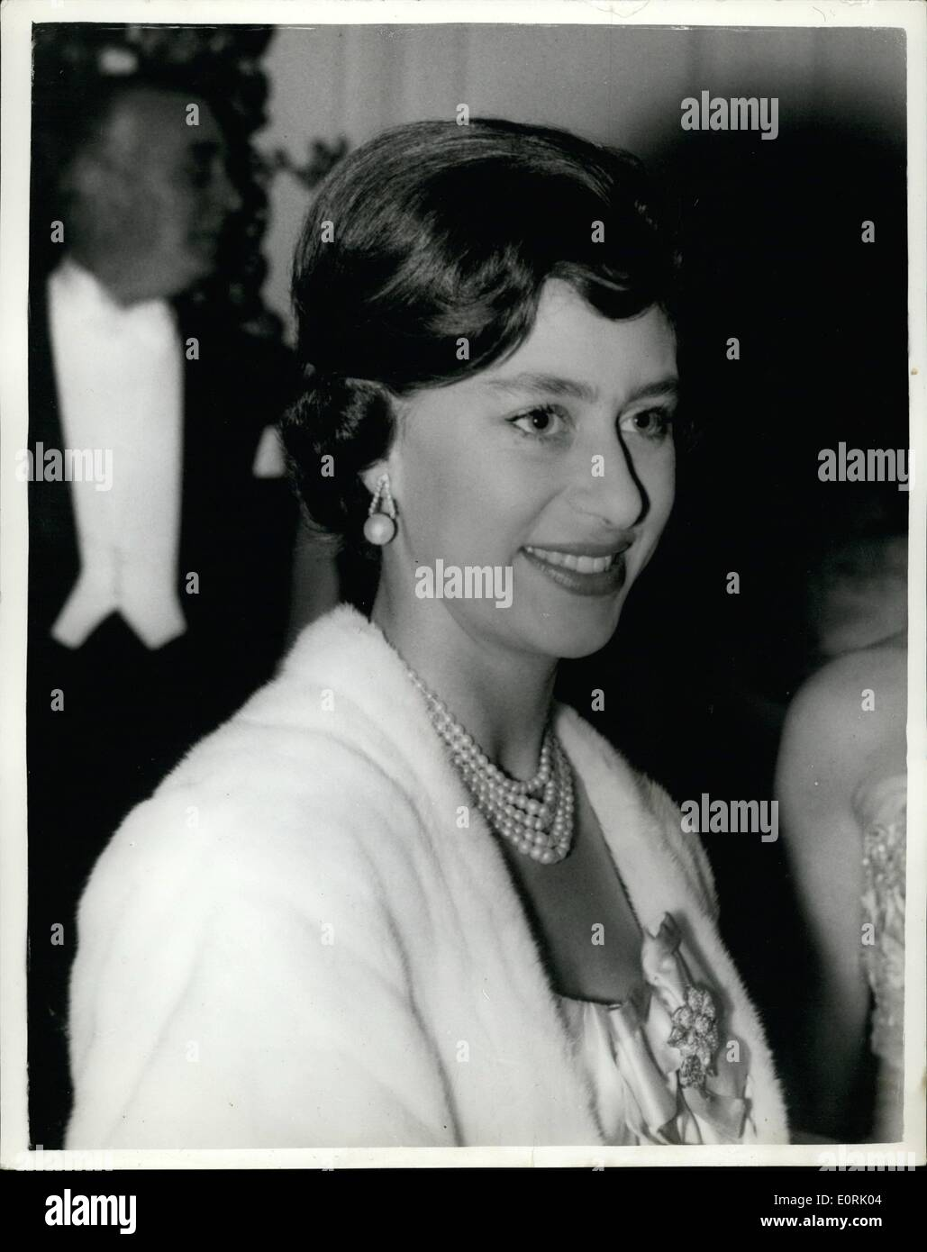 Oct 10 1959 Princesss Hair Style For The Ball Photo Shows