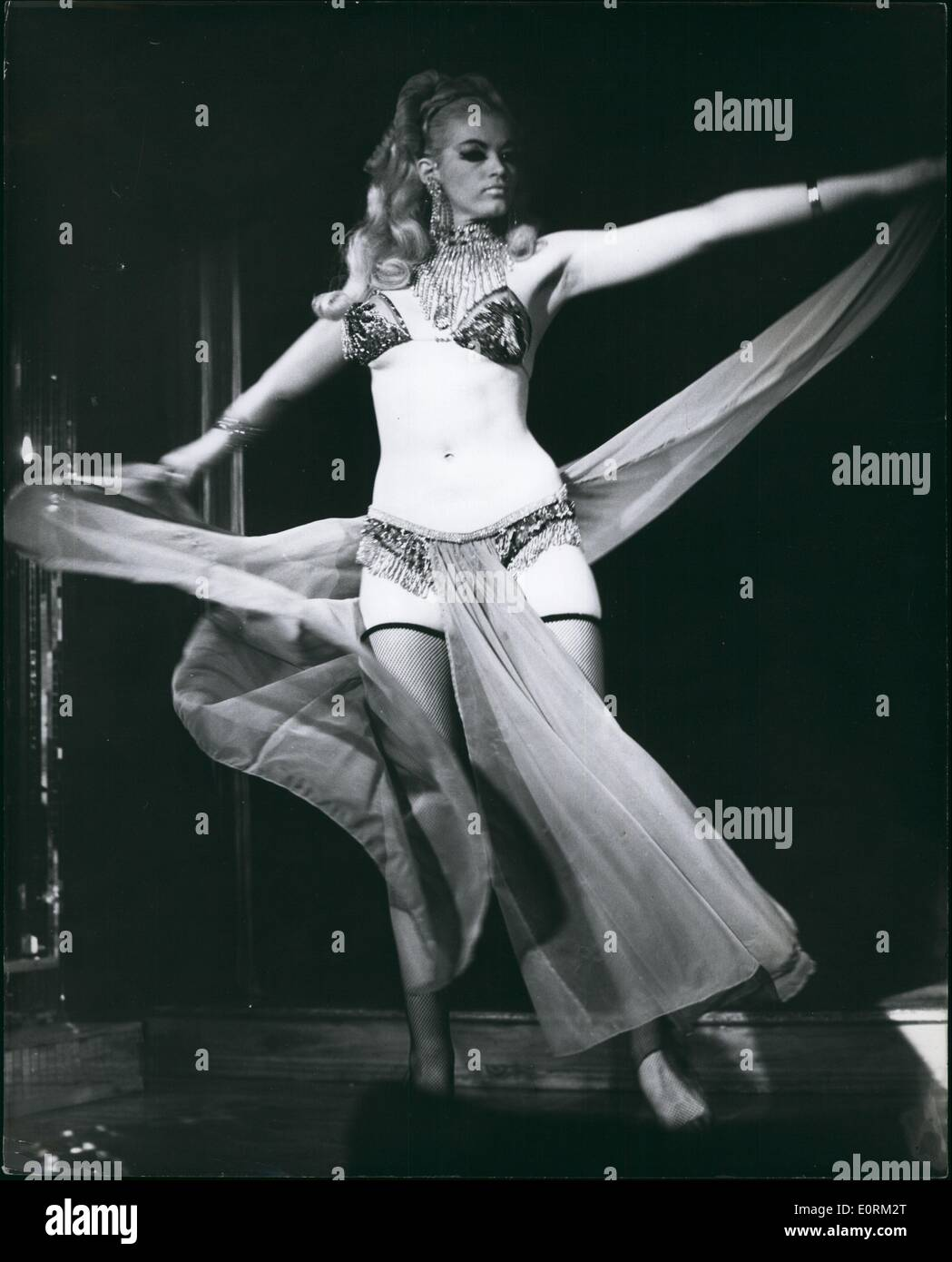 Jan 1, 1960 - Stormy (snake hips) Summers is definitely one of the main attractions at the Casino de Paris - Stock Image