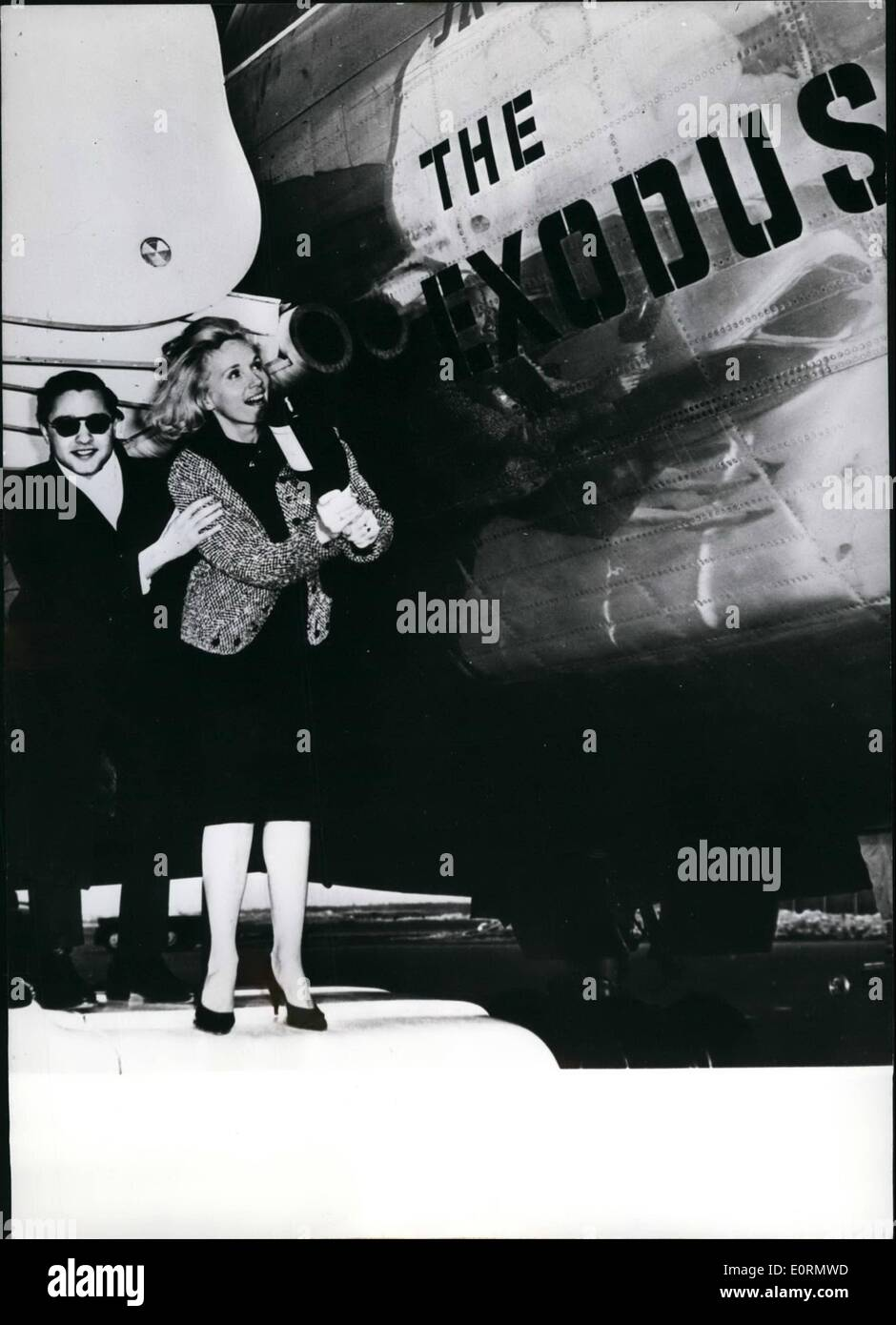 Mar. 03, 1960 - A yer-aeroplane of the Israel air-company E1-A1 was named ''Exodus'': The American teenager-idol Sal Minea named the E1-A1 yet-aroplane in New York ''Exodus''. Together with him Eva Maria Saint. Both have a part in the Otto-Preminger film '' EXODUS''. After the ceremony both actors entered the machine and flew to Israel where the films-works begin on March 28th - Stock Image