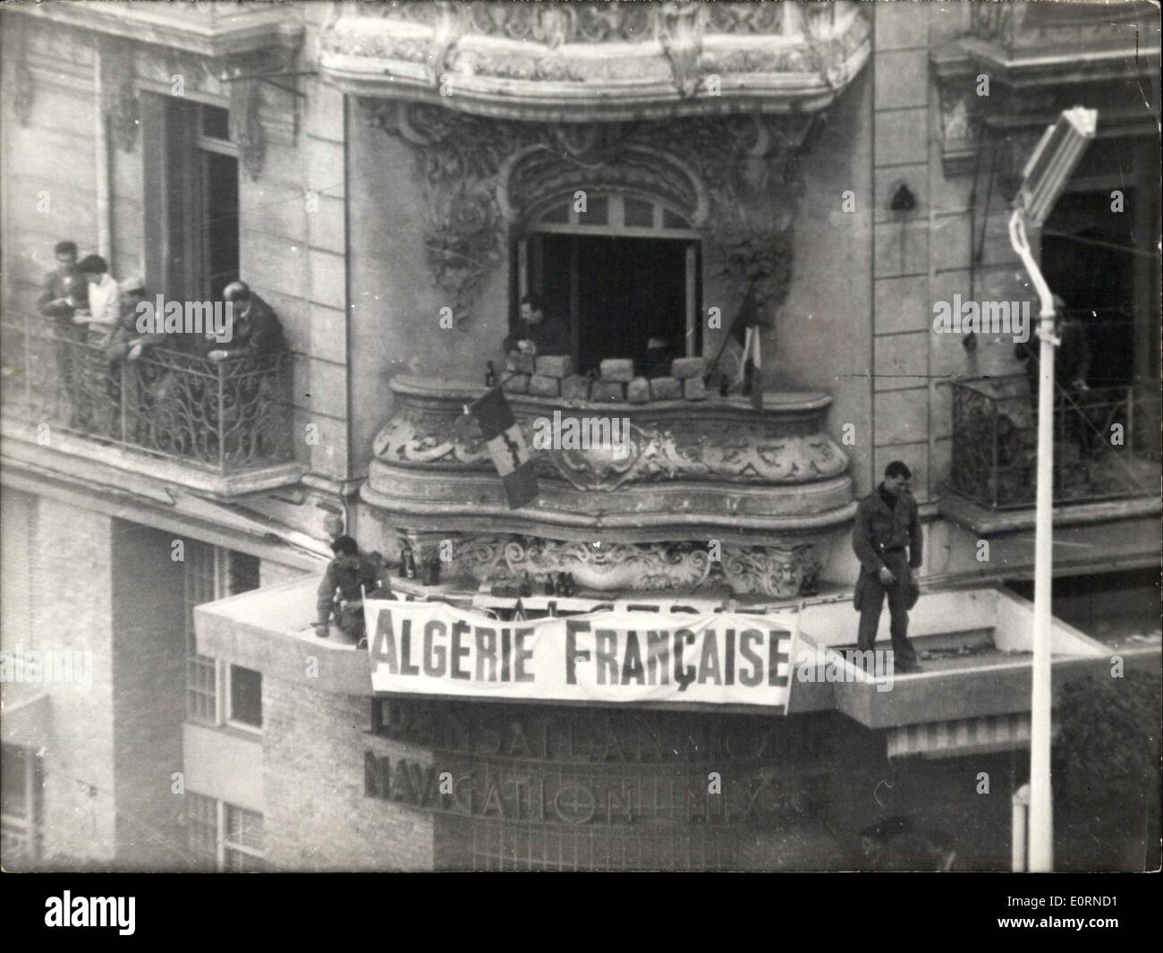 Jan. 27, 1960 - Revolt in Algiers. OPS: A group of insurgents on the roof and balcony of a house they occupy. In Stock Photo