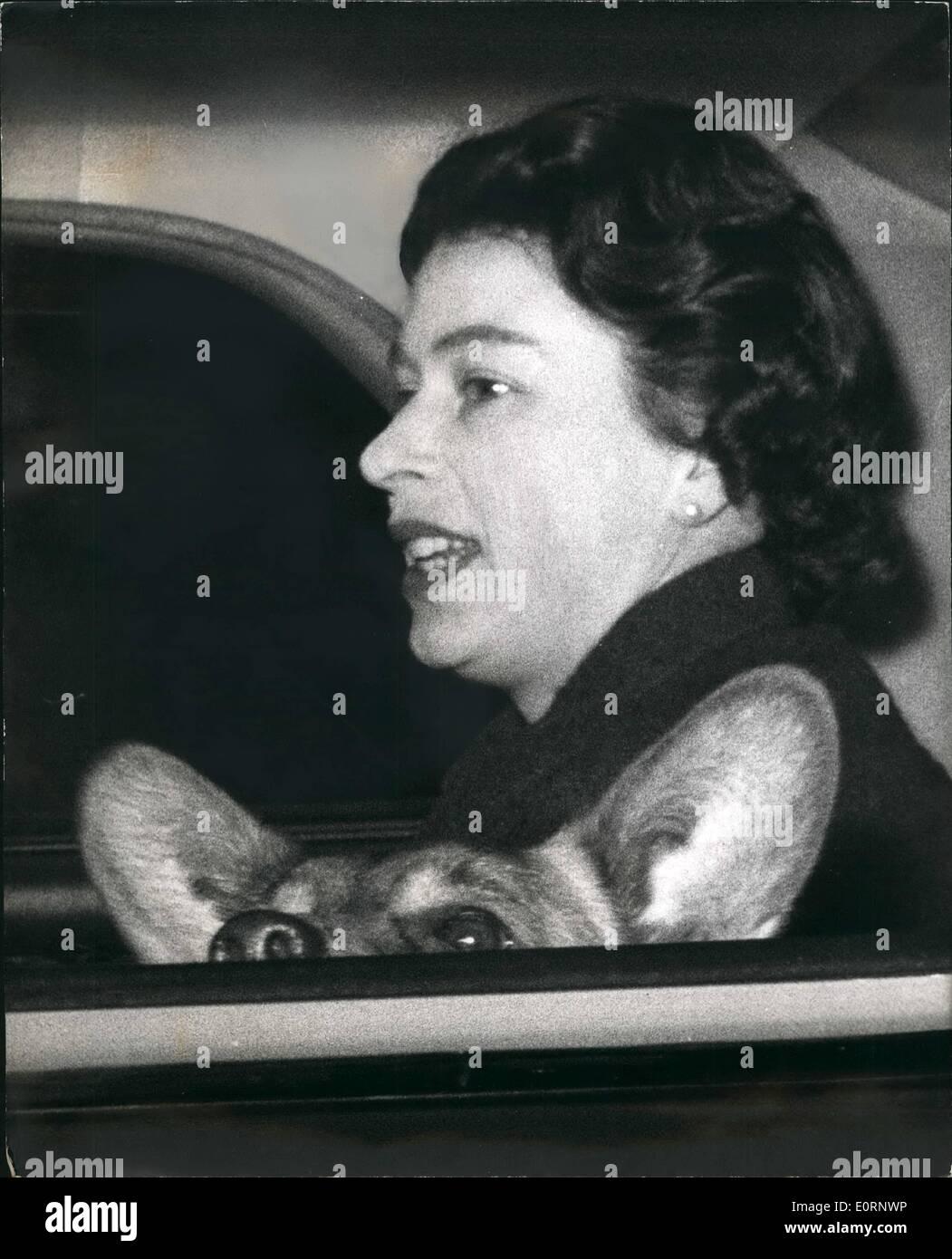 feb-02-1960-queen-goes-for-car-ride-with-her-pet-corgi-keystone-photo-E0RNWP.jpg