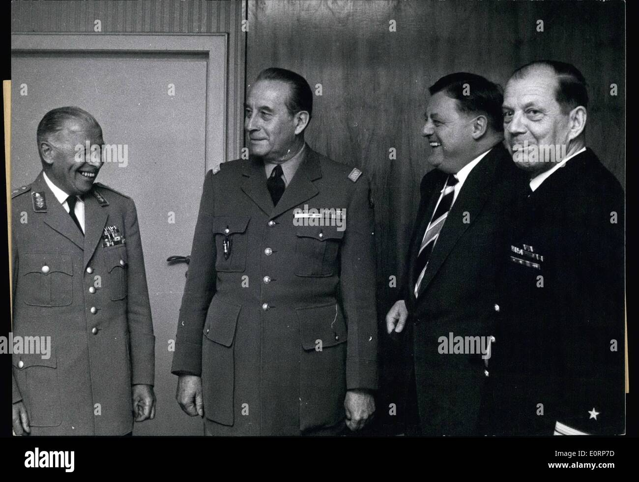 Apr. 04, 1960 - Leaving NATO commander criticizes Bonn: On April 26th, NATO commander of central Europe, General Valluy, (Valluy) paid a last visit to Federal Minister of Defence, Strauss (Strauss). General Valluy has been mentioned quite often during the last few days in Bonn. He had criticized the Federal Republic of Germany as she, in his opinion, has not fulfilled her military obligations according to the NATO Plan MC-70 - Stock Image
