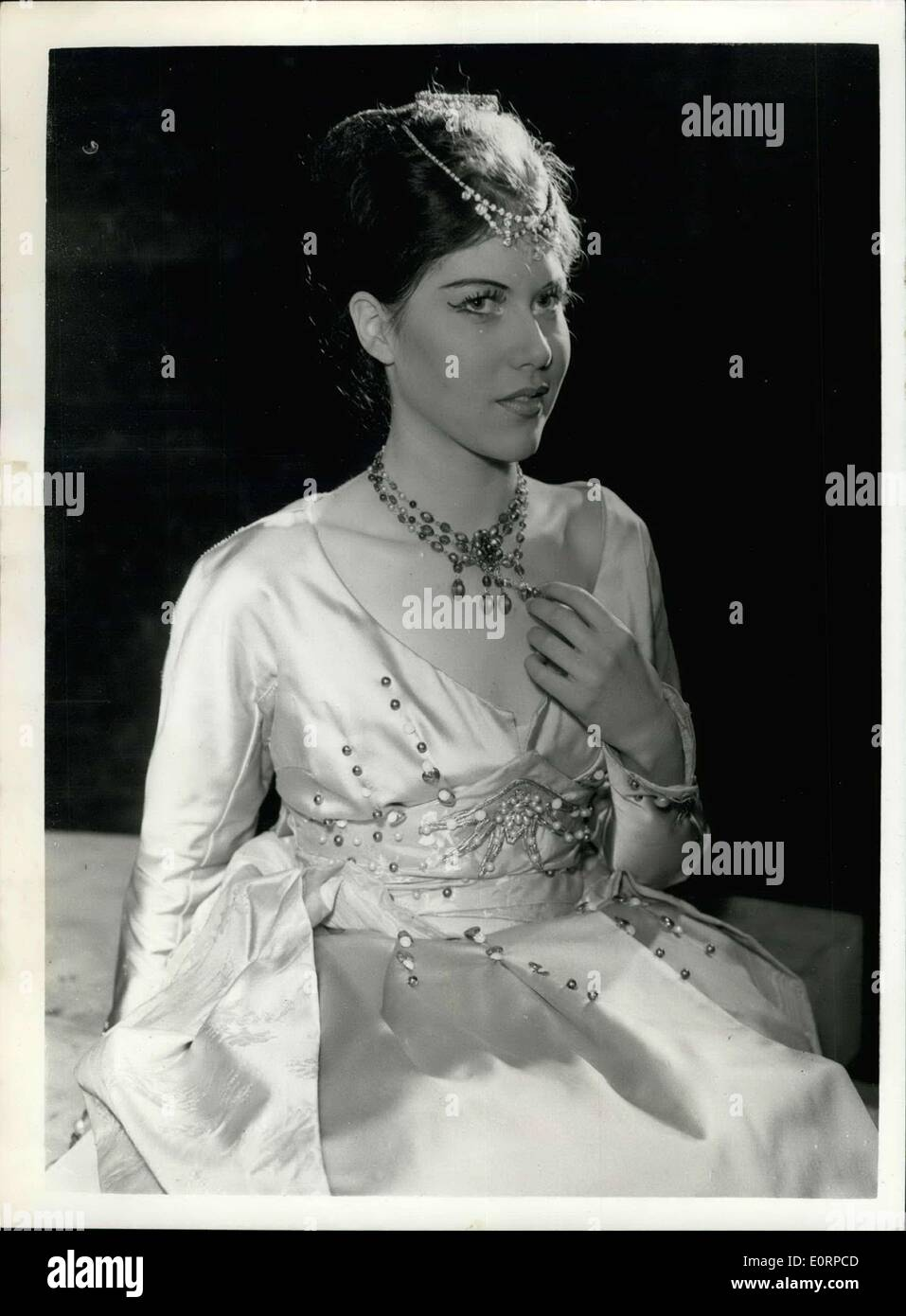 Feb. 23, 1960 - Rehearsals for the Mermaid Theater's version of ''Henry V'': Rehearsals were held today for the Mermaid Theater's version of Shakespeare's ''Henry V'' - in battledress, which open at 6 1/2 week run on Thursday. Photo Shows Suzanne Fuller, at Katherine - at today's rehearsal. - Stock Image