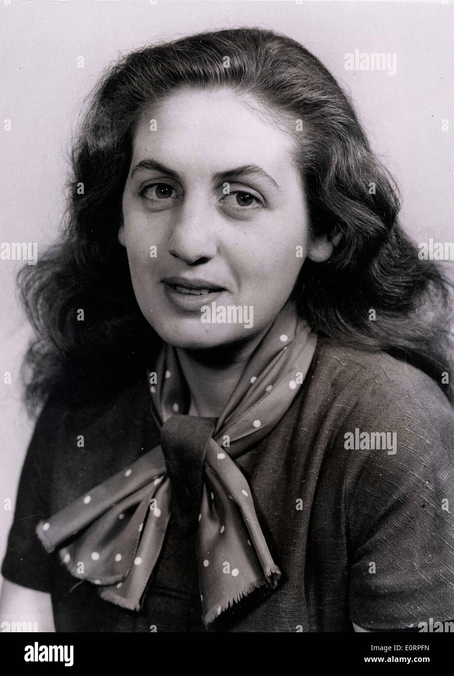 Correspondent of the 'Daily Herald' Myrna Blumberg is arrested - Stock Image
