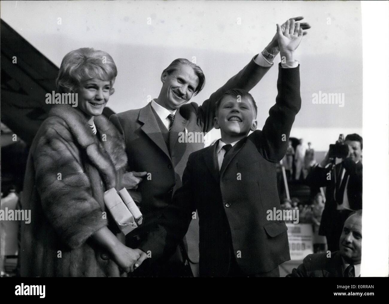 May 05, 1960 - The 1,000,000th emigrant left Munich The Intergovernmental Commitee for European Migration discharged today, May - Stock Image