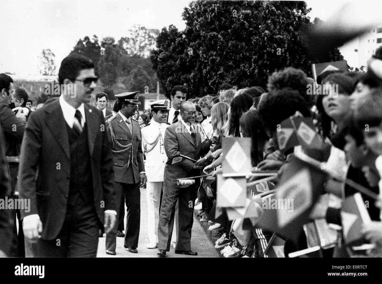 President Joao Figueiredo greets civilians - Stock Image