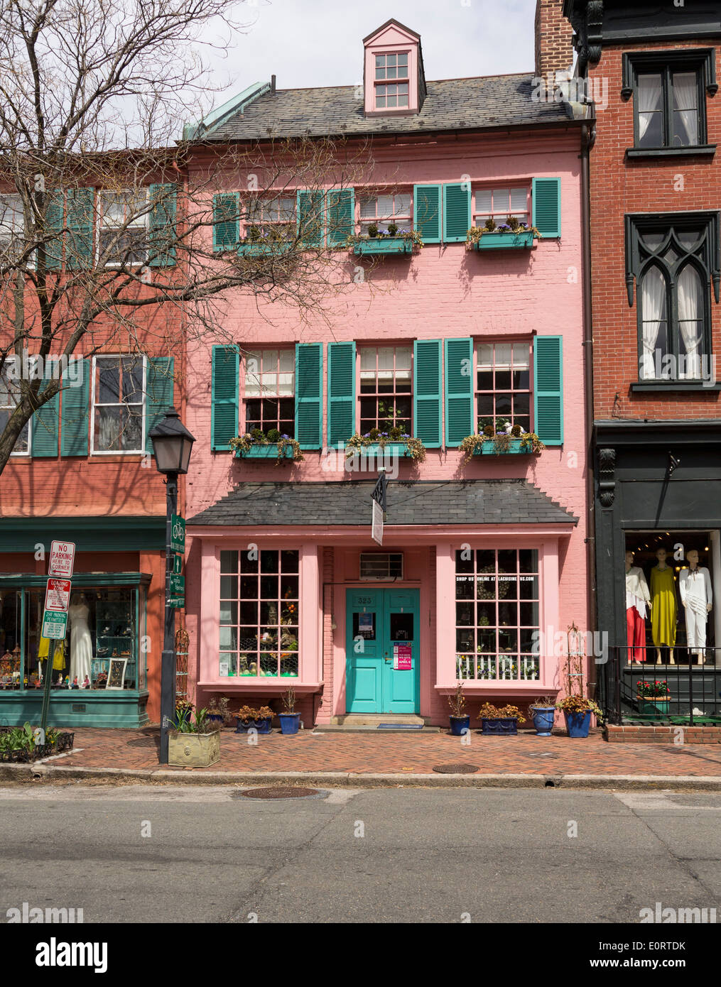 Old Town Alexandria Virginia Usa La Cuisine Cookery Store And