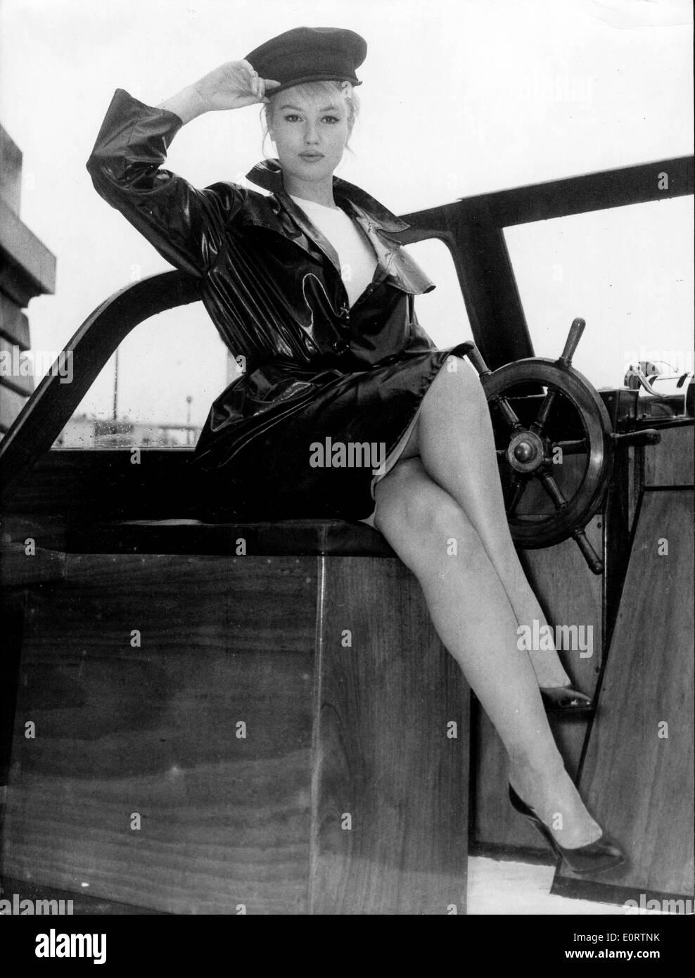 Portrait of actress Mylene Demongeot saluting - Stock Image