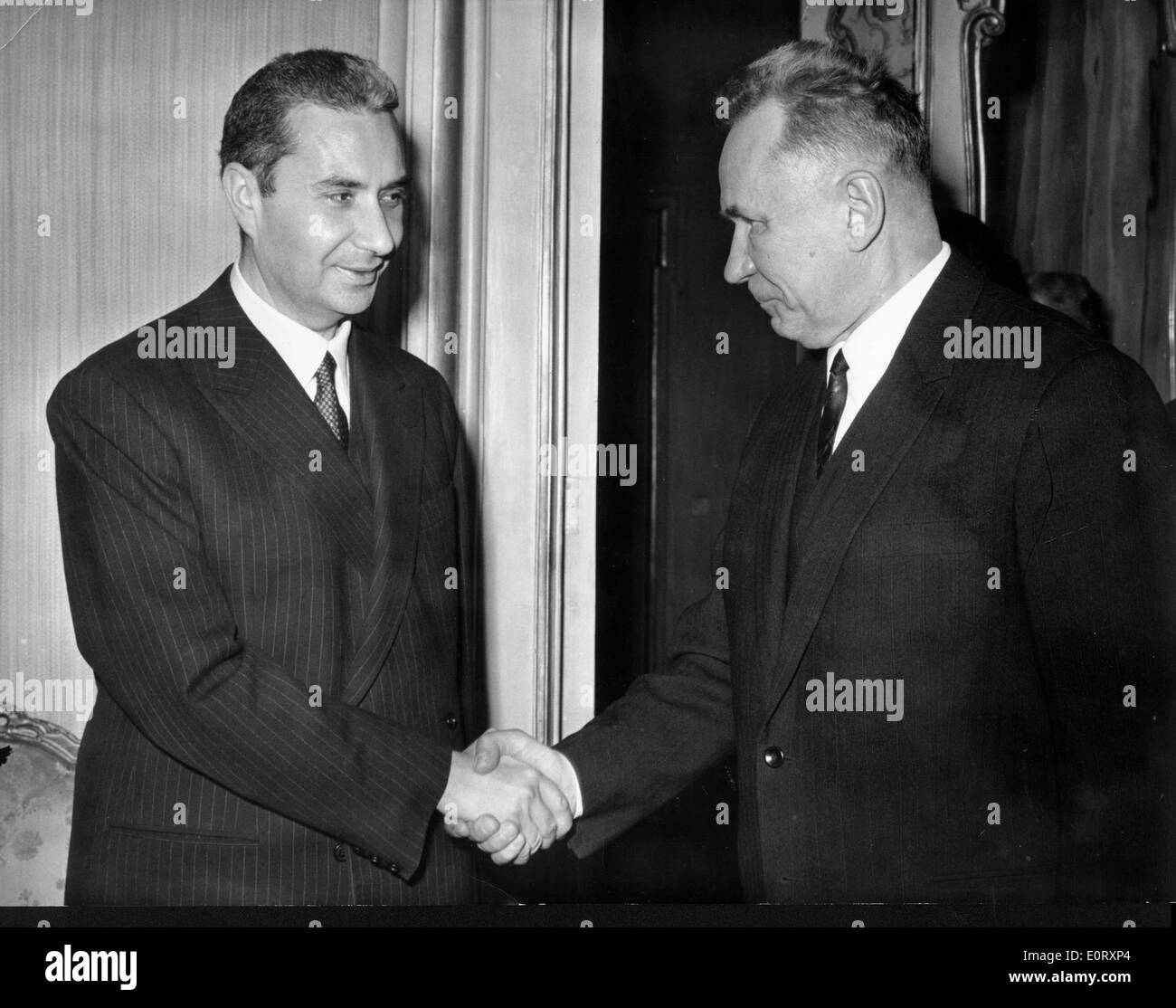 Alexei Kosygin is greeted by Aldo Moro at Palazzo Chigi - Stock Image