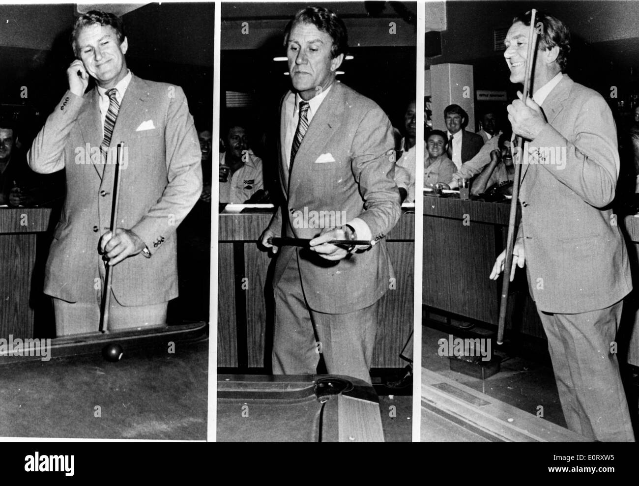 Series of photos of Malcolm Fraser shooting pool - Stock Image