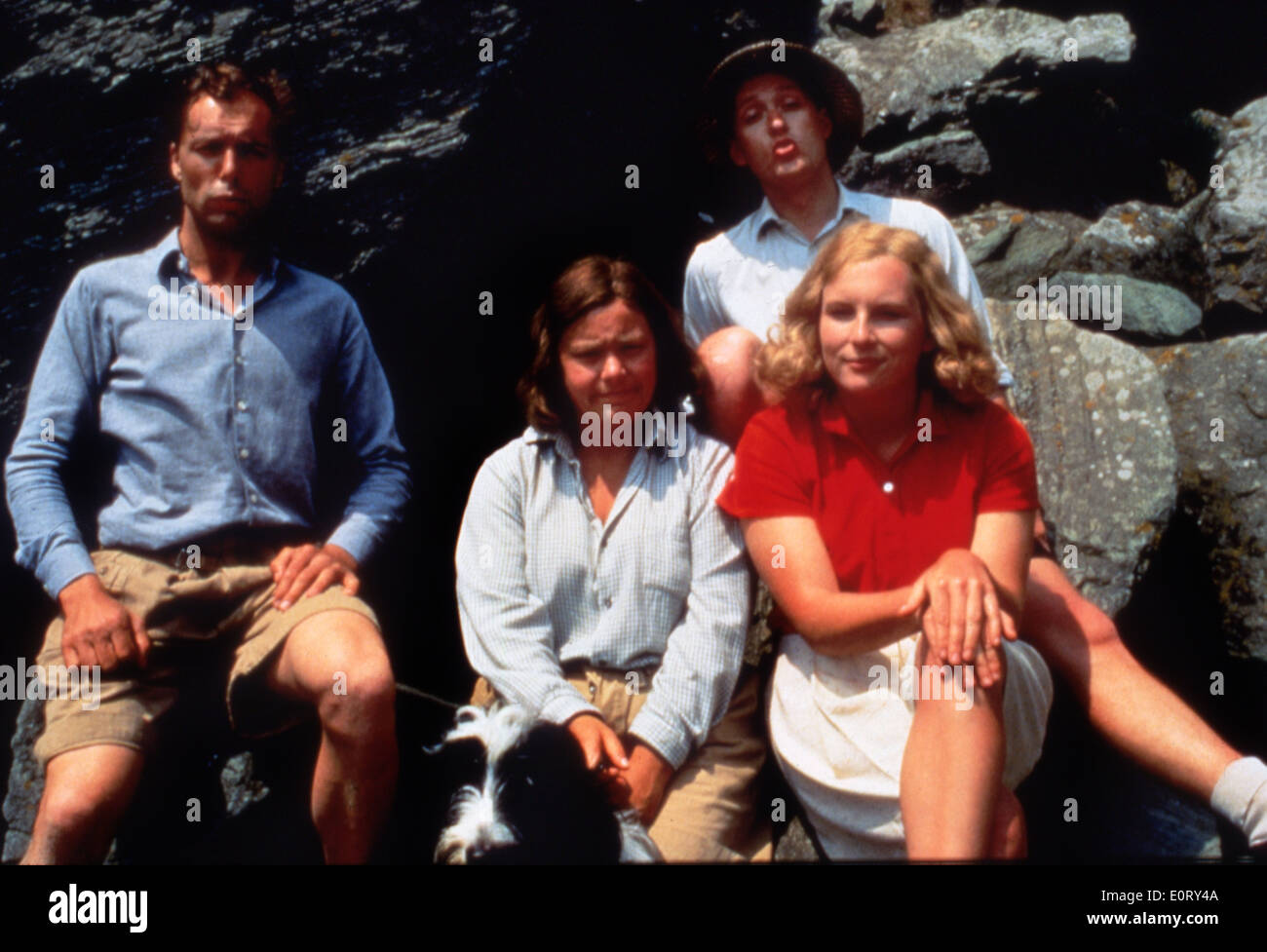 THE COMIC STRIP PRESENTS... 5 GO MAD IN DORSET (TV) PETER RICHARDSON DAWN FRIENCH ADRIAN EDMONDSON JENNIFER SAUNDERS KEITH - Stock Image