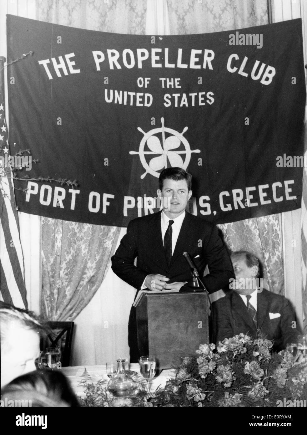 Senator Ted Kennedy speaks at Propeller Club - Stock Image