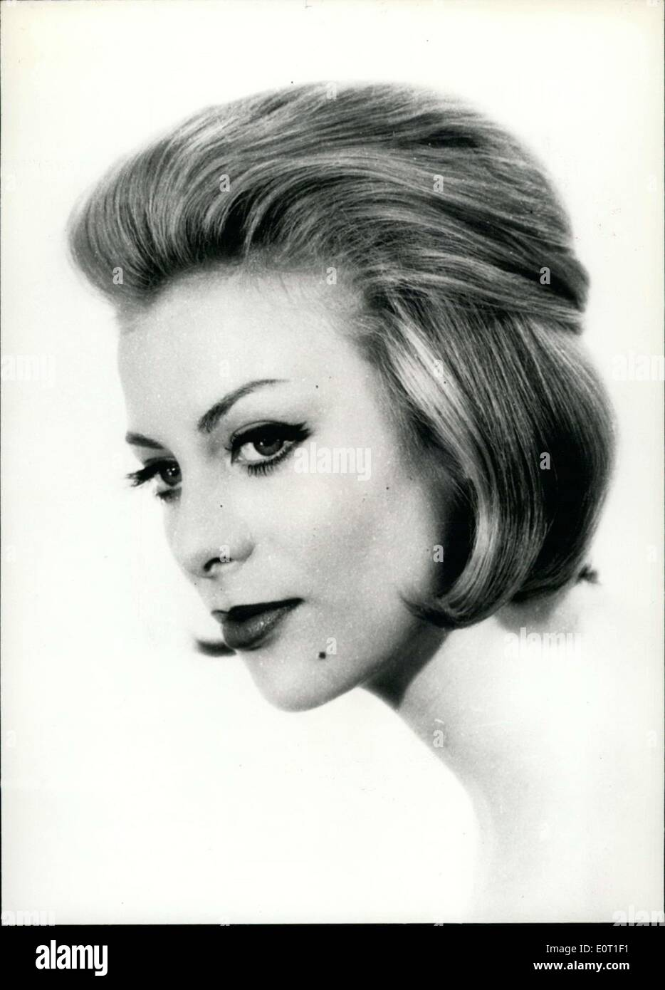 Hairstyle 1960 Stock Photos & Hairstyle 1960 Stock Images - Alamy