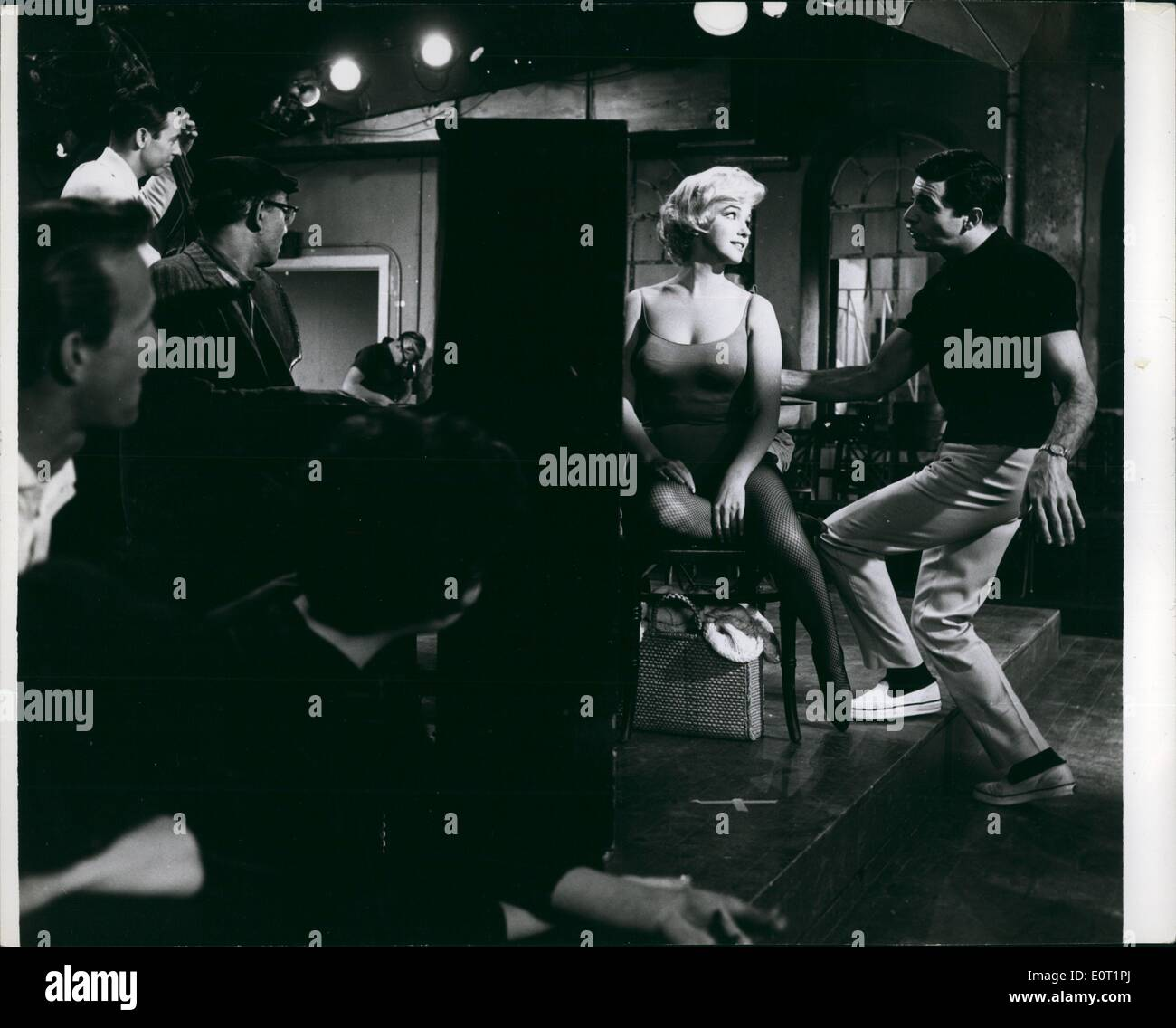 Jul. 07, 1960 - Marilyn Monroe & Frankie Vaughn - Stock Image