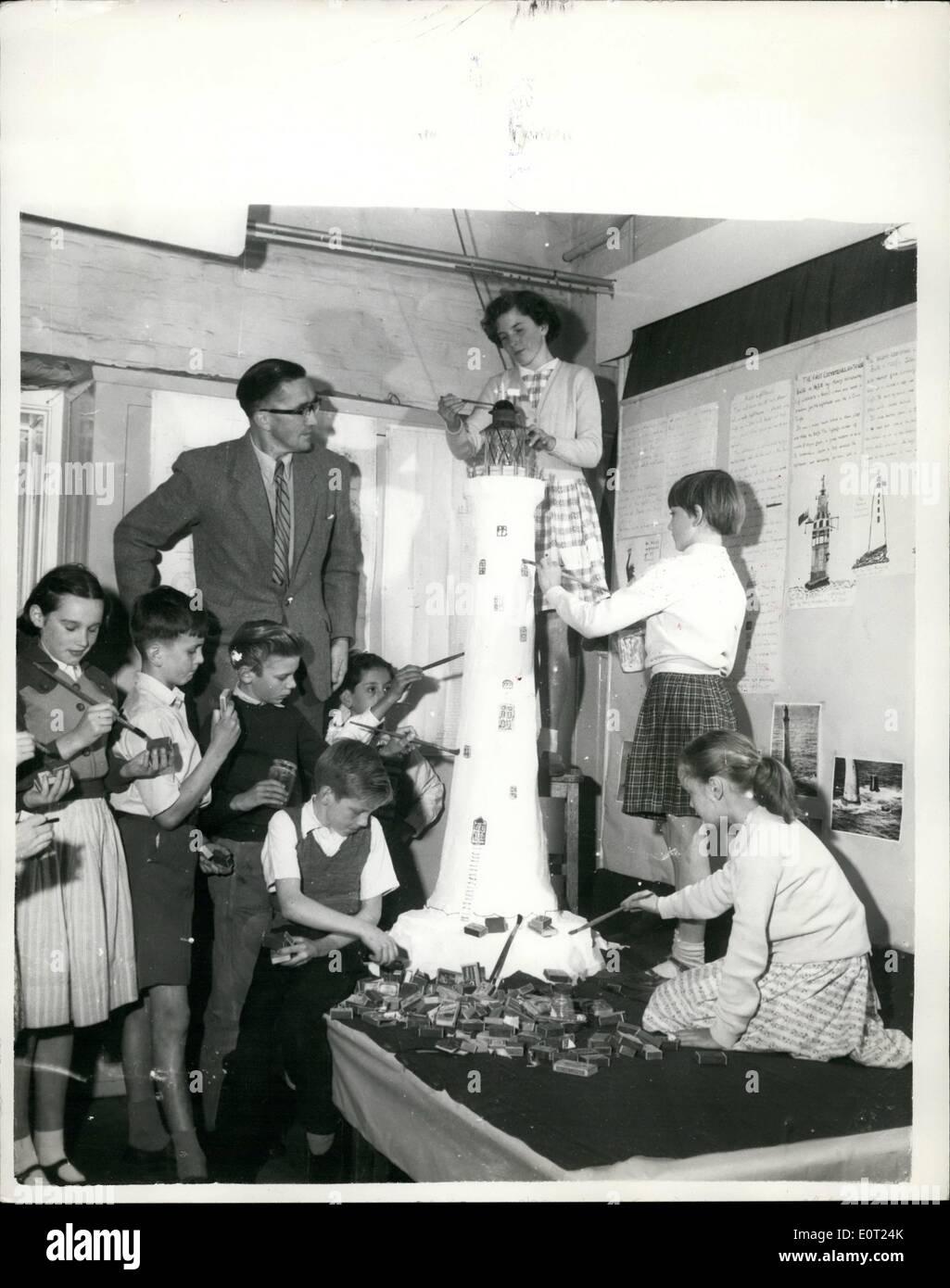 Jul 07 1960 Schoochildren Produce Giant Model Lighthouse