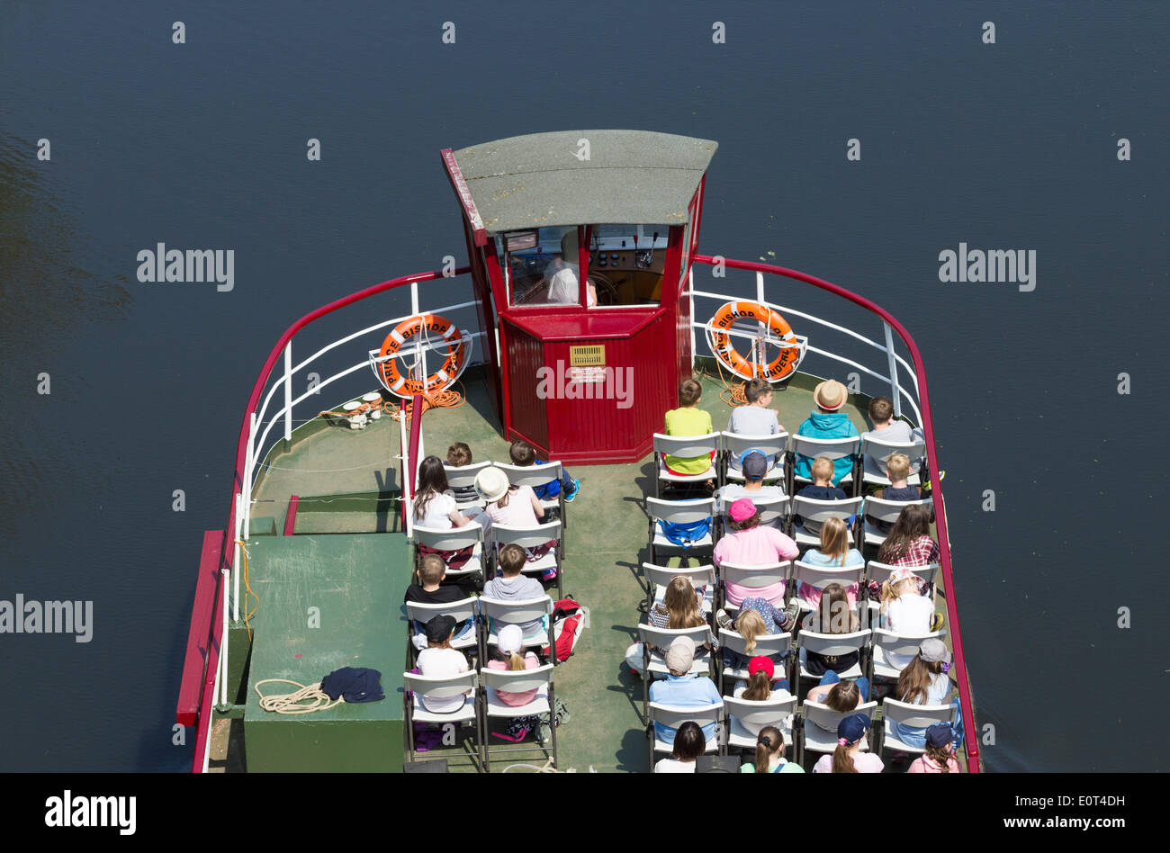 Durham Uk 19th May 2014 Schoolchildren On River Cruise On The