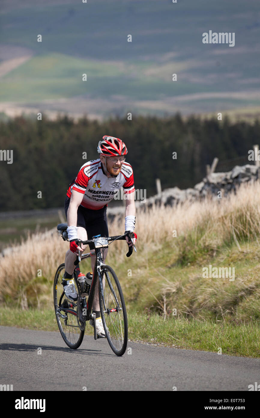 Dentdale, Yorkshire Dales National Park, UK. 18th May, 2014. The Etape du Dales is a cyclosportive held in May each Stock Photo