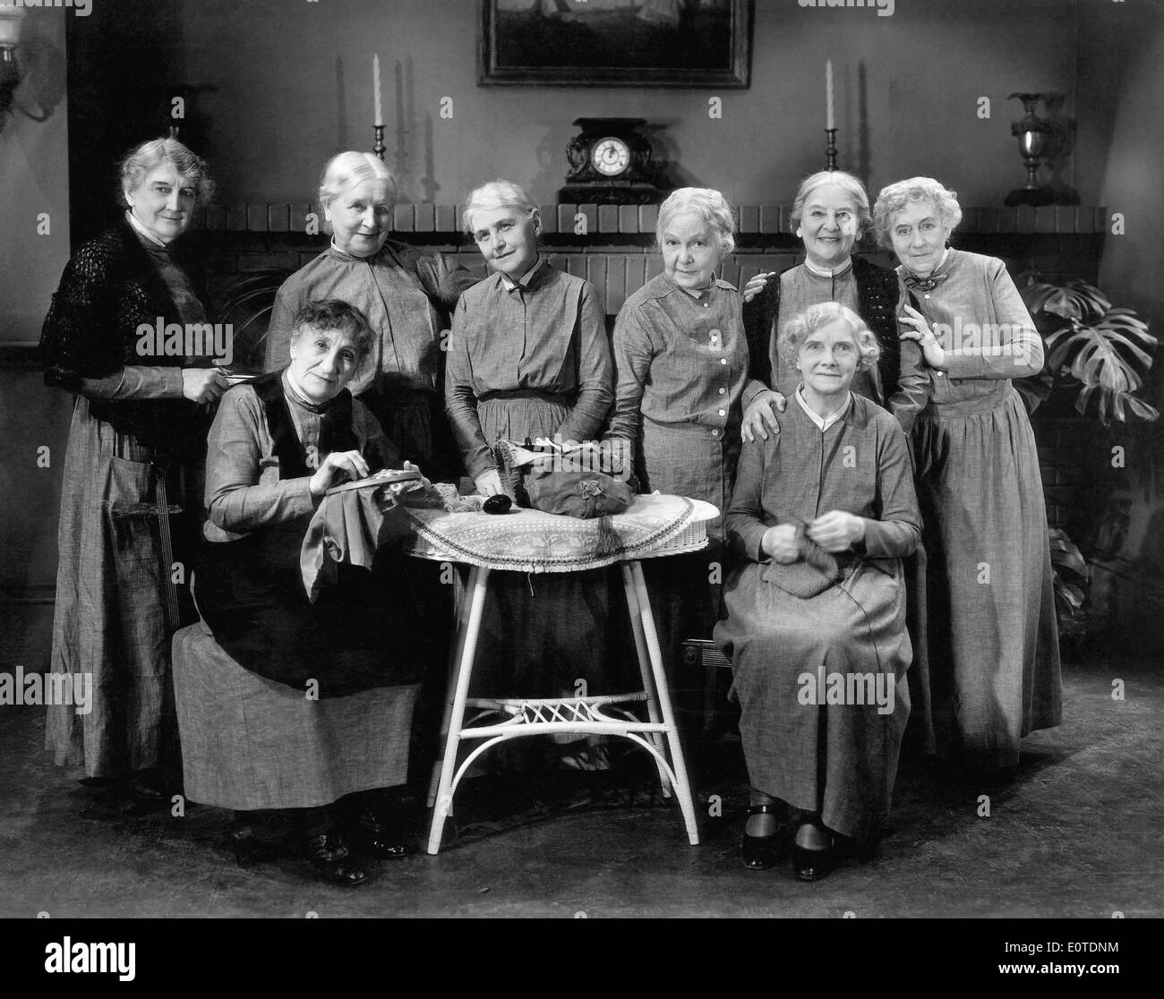 (Standing) Tempe Pigott, Margaret Mann, Emma Tansey, Effie Ellsler, May Robson & Ida Lewis (Standing), Clara Bracy &Edith Yorke (Seated), on-set of the Film, 'If I had a Million', 1932 - Stock Image