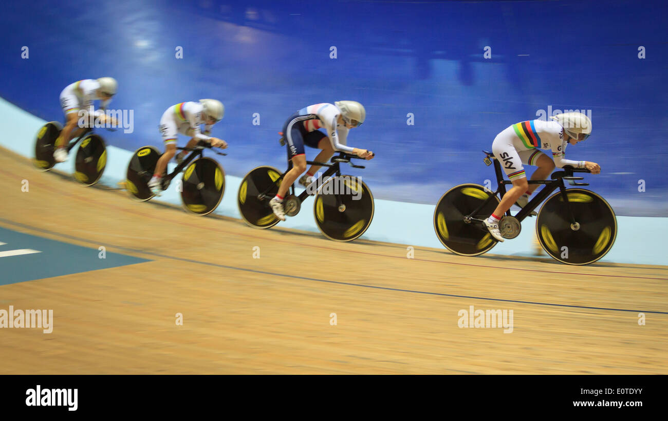 The Great Britain Women's Team Pursuit squad setting a new World Record at the Manchester Velodrome, UCI Track World Cup 2013 - Stock Image