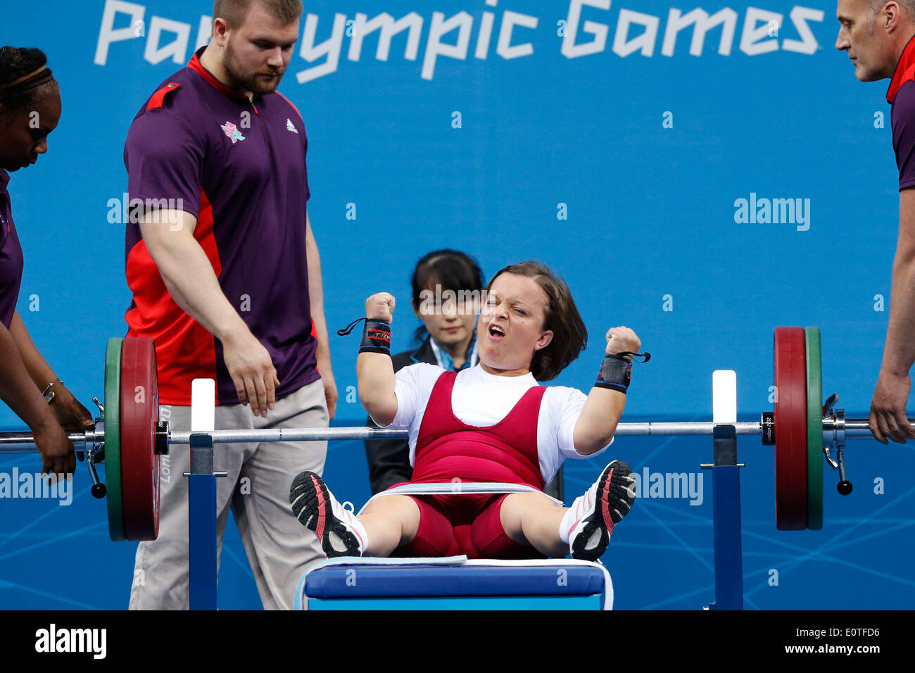 Taoying Fu 4 Paralympic medals in powerlifting Taoying Fu 4 Paralympic medals in powerlifting new foto