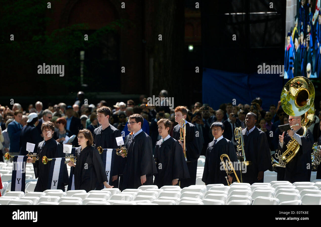 New Haven, USA. 19th May, 2014. Students of Yale University perform during the 313th Commencement of Yale University at the Old Campus in New Haven, the United States, May 19, 2014. Twelve honorary doctorates and 3132 earned degrees were conferred on Monday during Yale's 313th Commencement ceremony, in addition to 253 provisional degrees for students who have yet to fully complete their study. Credit:  Wang Lei/Xinhua/Alamy Live News - Stock Image