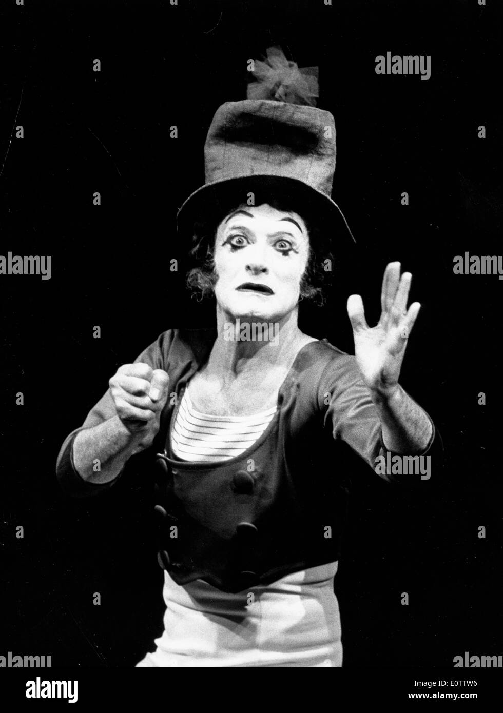 French mime Marcel Marceau acting during a show - Stock Image